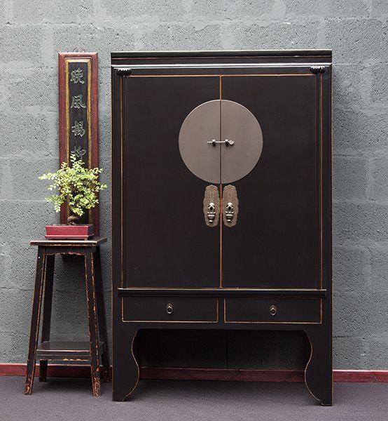 die besten 25 hochzeitsschrank ideen auf pinterest handbemalte kommoden handbemalte m bel. Black Bedroom Furniture Sets. Home Design Ideas