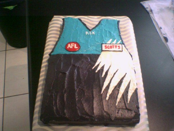 Coxys Port Power cake (NB. I am a crow supporter, so this hurt!)