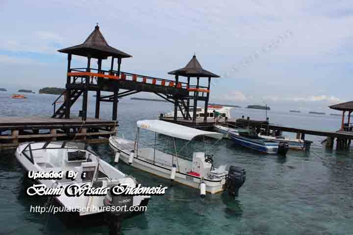 Dermaga Pulau Sepa Kepulauan Seribu Resort .   http://pulauseriburesort.com