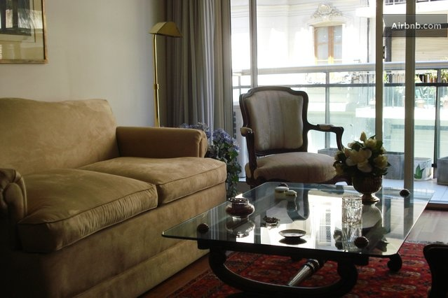 Sophisticated classic 1BR Recoleta in Buenos Aires
