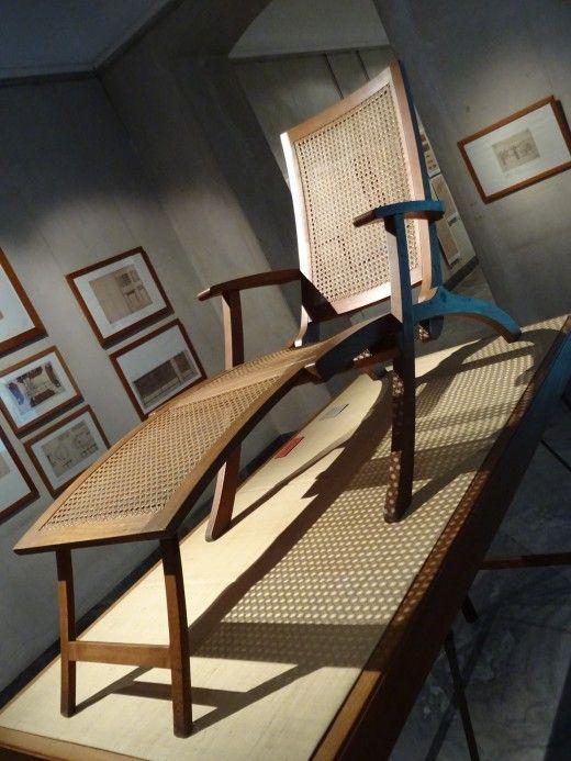 classic lay back recliner