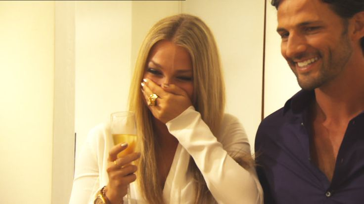 Anna's mortified when Tim unearths her past! Watch it here: http://tenplay.com.au/channel-ten/the-bachelor/extra/season-1/anna-s-embarrassment