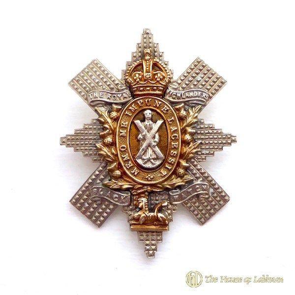 Black Watch Royal Highlanders insignia and badges
