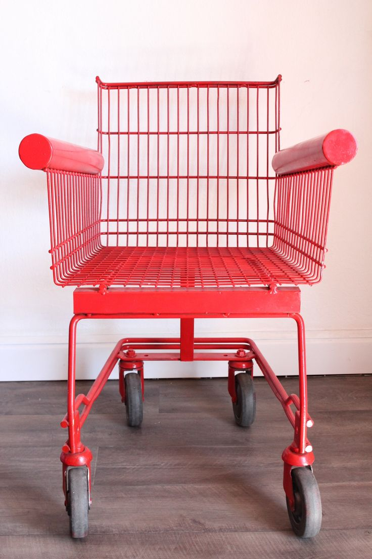 KAGADATO selection. The best in the world. Industrial design. ************************************** Fauteuil chariot de supermarché rouge
