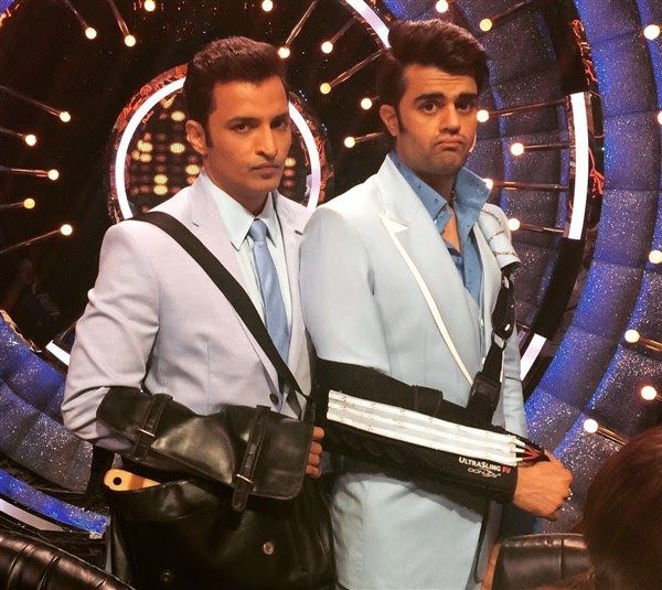 Ganesh Hegde and Manish Paul create a Laugh riot on the sets of Jhalak Dikhlaa Jaa 9!   http://spanishvillastudio.blogspot.com/2016/08/ganesh-hegde-and-manish-paul-create.html