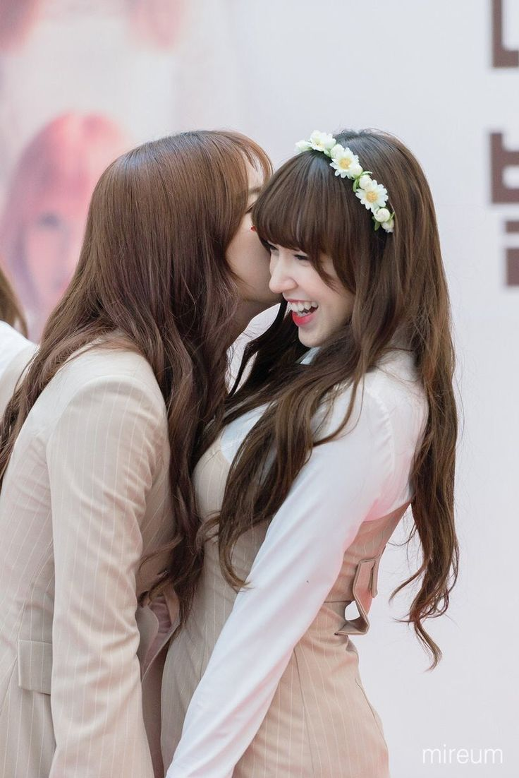 Eunseo and Cheng Xiao are the cutest thing I have ever seen