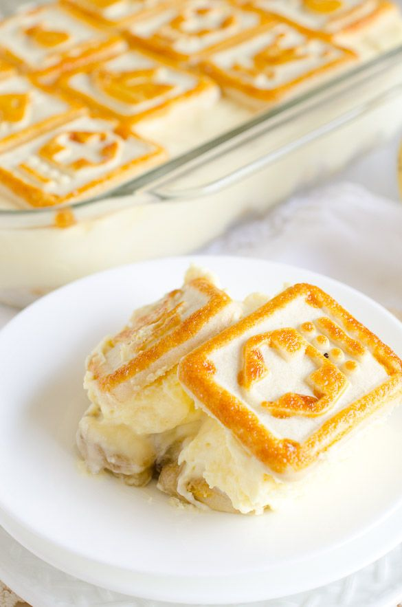 Chessmen Cookies Banana Pudding...A thick and creamy banana pudding topped with yummy buttery cookies!!
