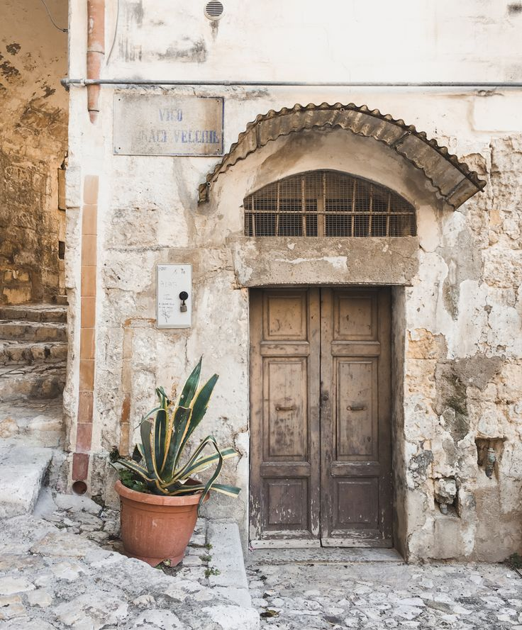 Visiting Matera, Italy. What to do and where to eat in Matera. #italy Italy Travel