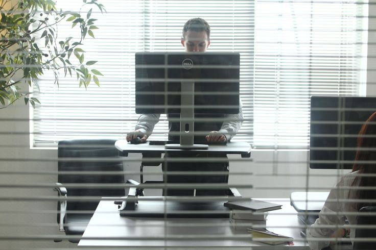 A standing up desk could have great positive health benefits if used correctly - check out the VARIDESK desktop app which will remind you when to stand/sit during your working day - http://uk.varidesk.com/desktop-app #standingupdesk