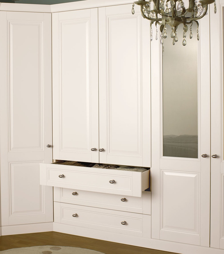 17 best images about bedroom cupboards on pinterest for Bedroom cupboard designs in hyderabad