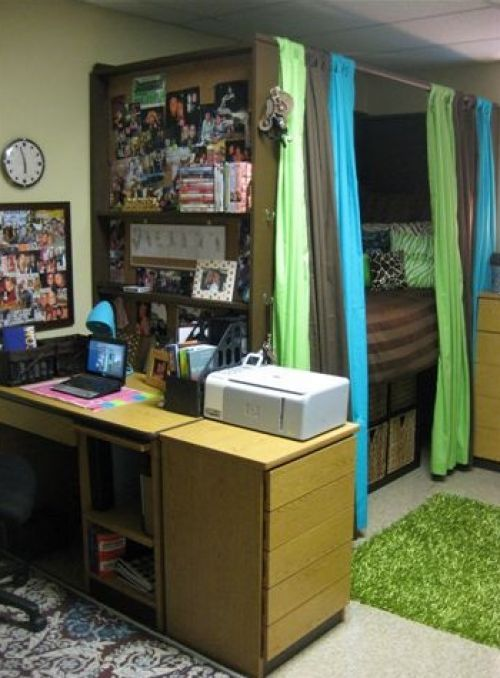 Great dorm room idea for Jackie, but it will have to be Garnet and Gold for FSU!!