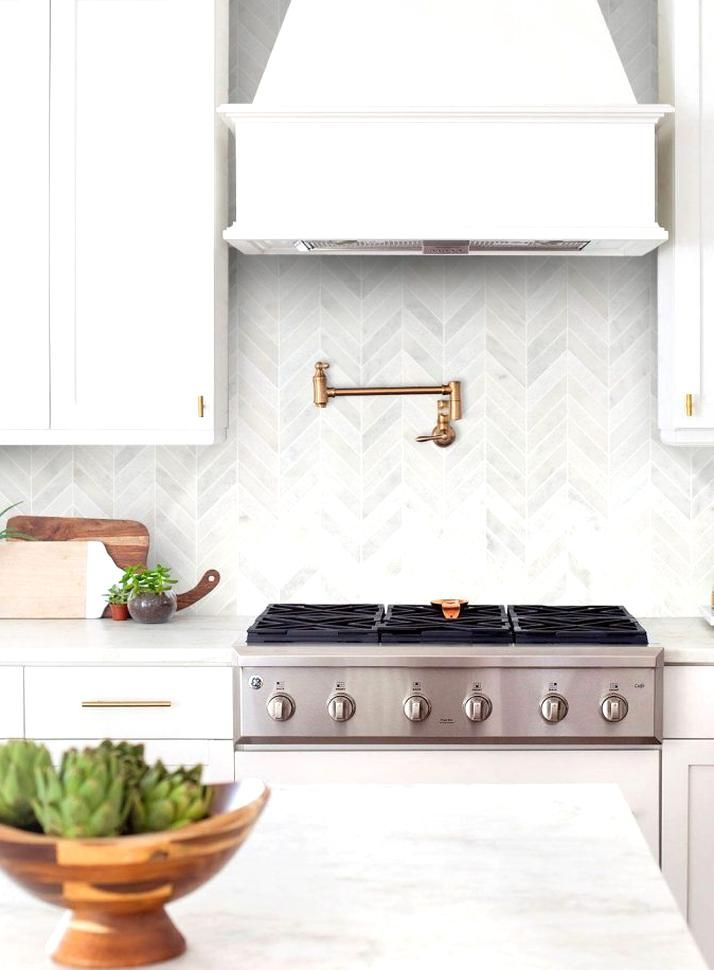 modern farmhouse kitchen backsplash in 2020 kitchen backsplash designs cottage kitchen design on farmhouse kitchen backsplash id=79403