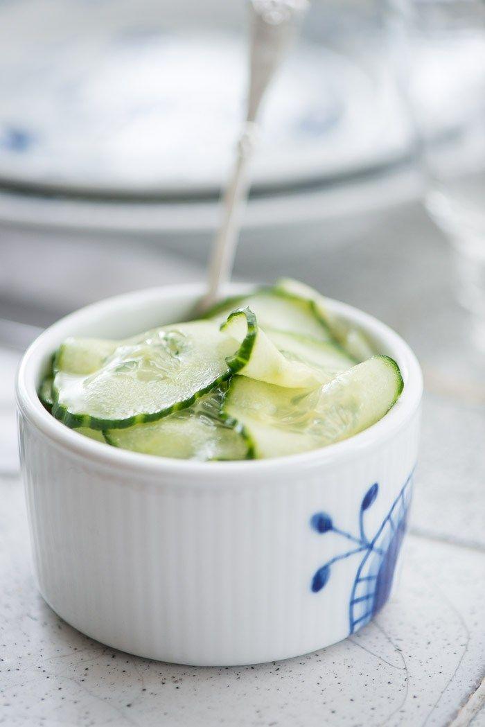 Hjemmelavet agurkesalat. Opskrift