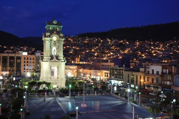 Plaza Independencia y Reloj Monumental, Pachuca de Soto ...