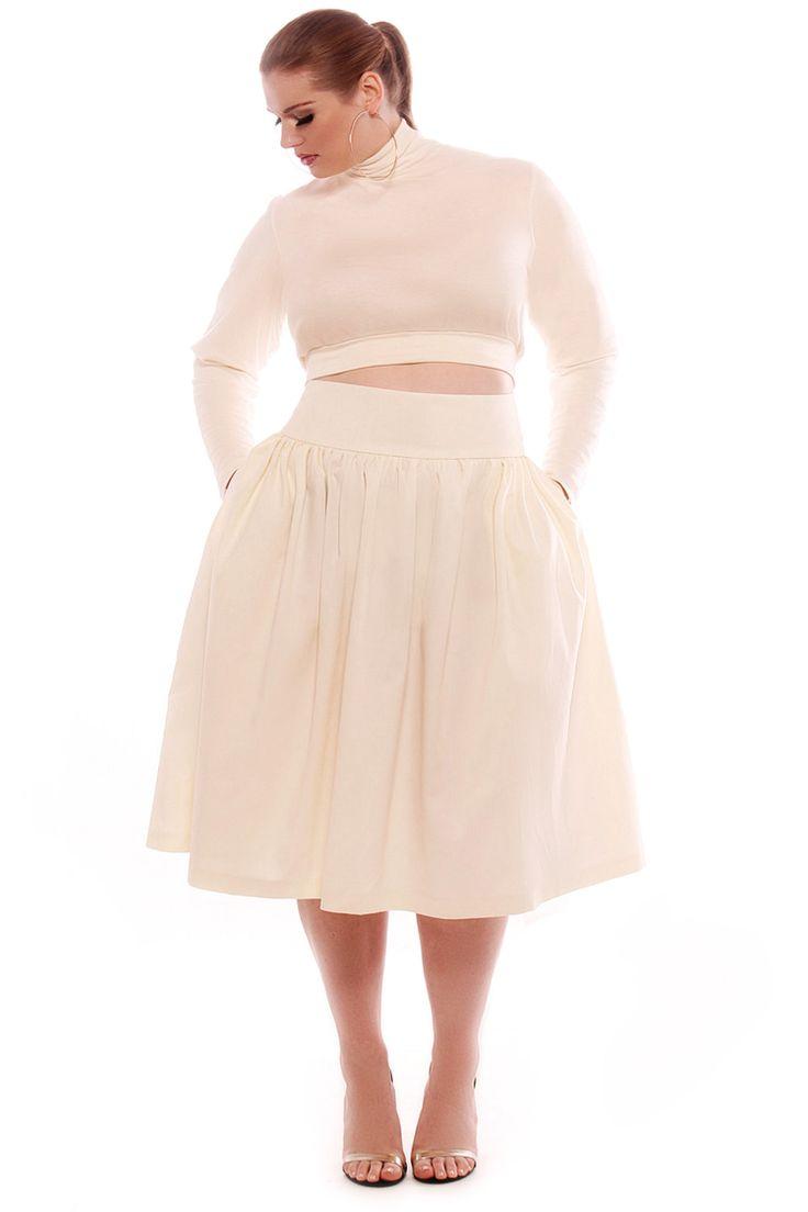Halter top wedding dresses plus size   best Plus Size Me images on Pinterest  Curvy girl fashion Plus