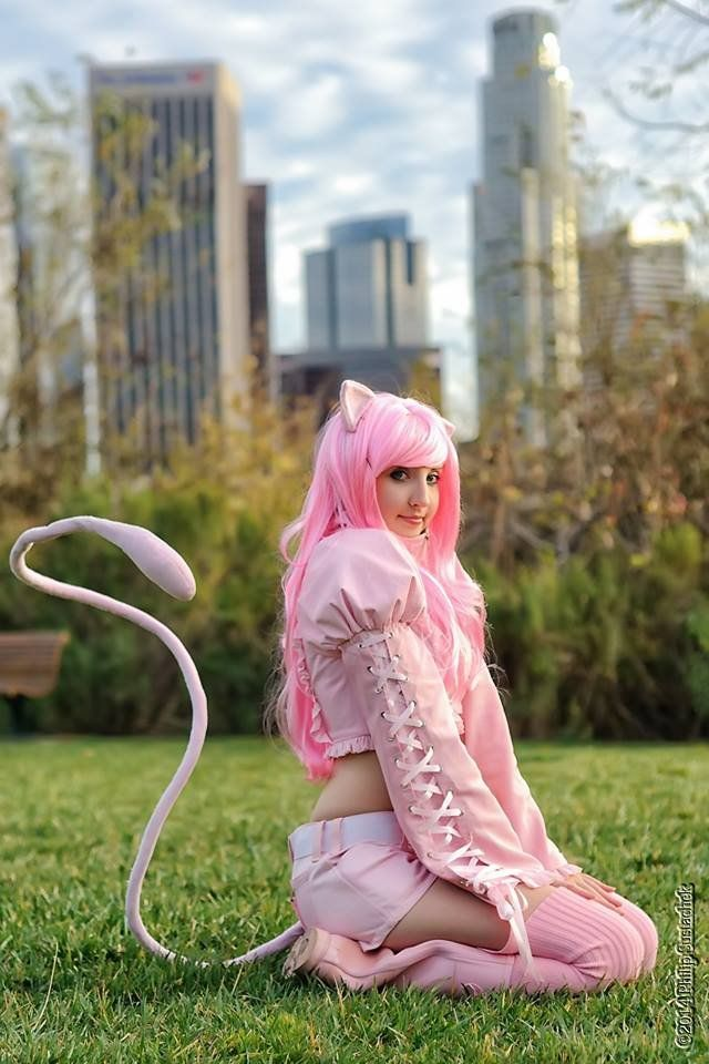 mew humanised cosplay