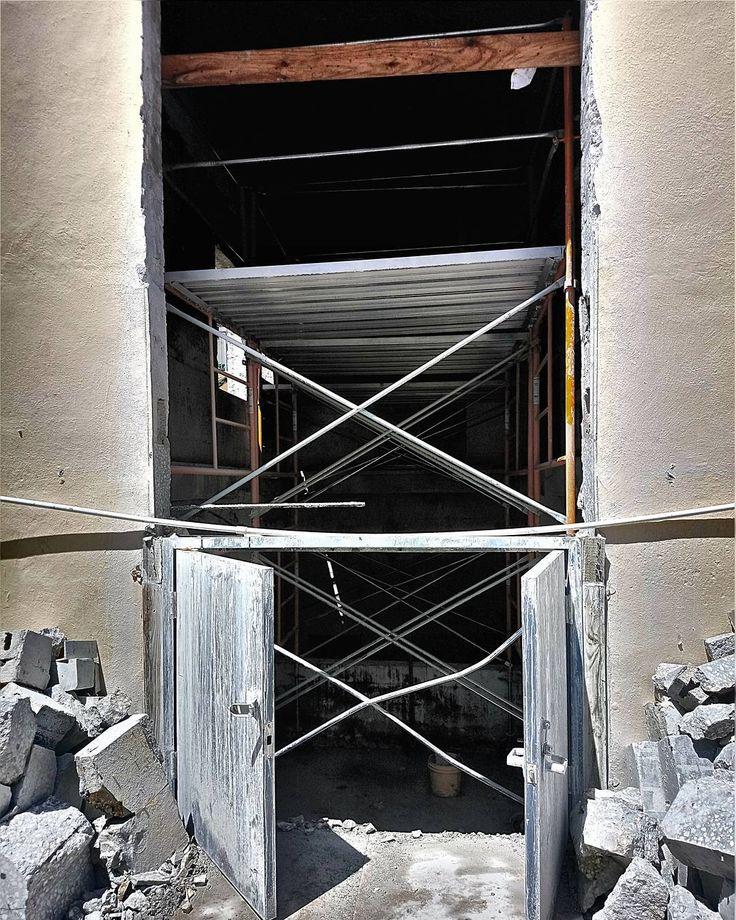 Hotel Motel  #miamibeach #southbeach #concretecutting#concreteconnection #construction #miami #generalcontractor #demolition #florida #constructionsite #concrete #concretecuttingmiami