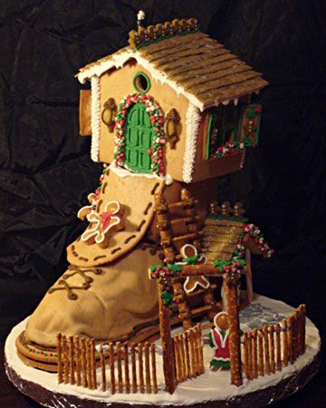 Your Best Gingerbread Houses  There Was an Old Woman Who Lived in a Shoe: Christmas Galleries, Shoes Gingerbread, Chicken Wire Frames, Woman Gingerbread, Gingerbread Shoes, Gingerbread Houses, Shoes Cakes, Gingerbread Creations, Christmas Gingerbread