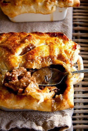 Recipe - Steak & Mushroom Pot Pie #dinner