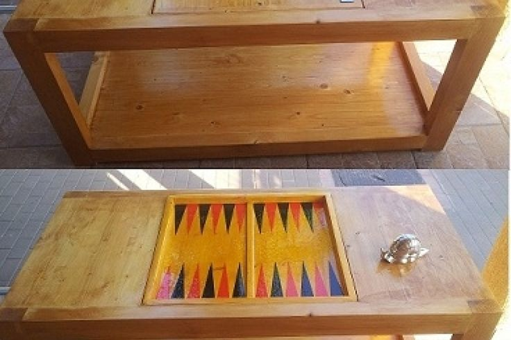 Construieste o masuta de cafea cu joc de table incorporat. Detalii pe BricoHub.ro