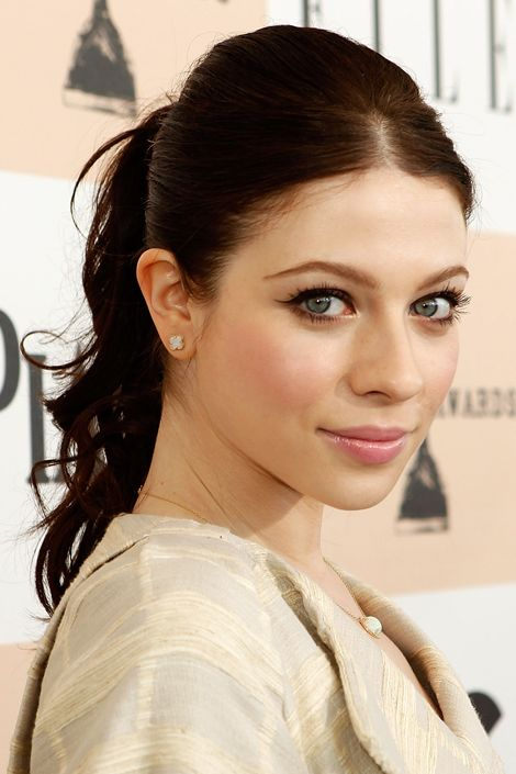 Natalie Rousseau - (Michelle Trachtenberg) Theo's eldest, his daughter, and by default, self proclaimed family member.