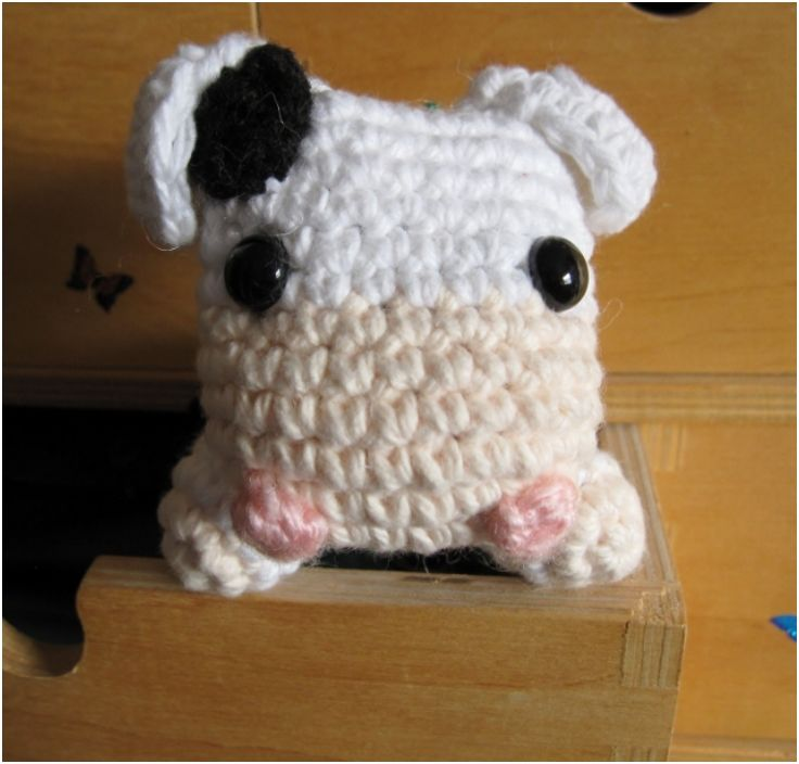 Amigurumi Pattern Little Cows : 17 Best images about Ku on Pinterest A cow, Toys and Cow ...