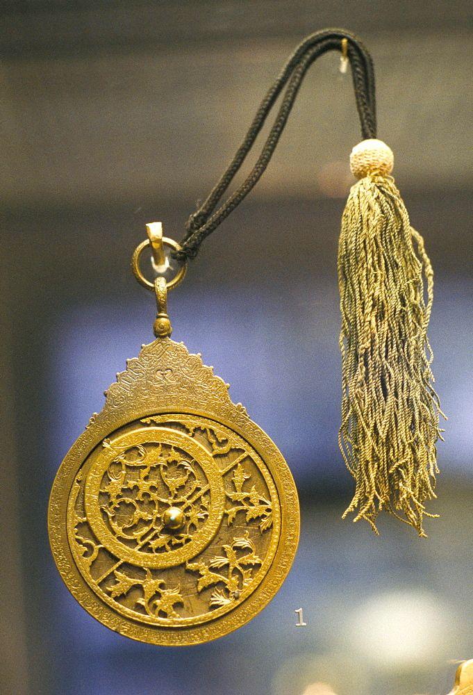 Astrolabe 890 / 1485-6, Awhad Muhammad Irán, John Addis Gallery, Museo Británico, Londres, Inglaterra, Reino Unido, Europa  Fotógrafo  Adam Woolfitt