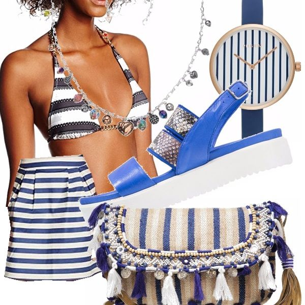 Un party a tema? Mille righe? Eccoci qui! Il Bikini a righe bianche e blu è il protagonista. Non andare solo col bikini, indossa una gonnellina rigida a righe, un orologio abbinato, una collanina con tanti ciondoli sbrilluccicosi, una borsa comoda nel caso tu volessi ballare agilmente e dei sandali in plastica comodi, ma alla moda bianchi e azzurri.