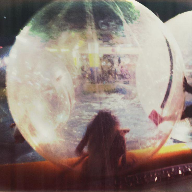 Bolle - Bubbles - Falsa Polaroid - Samsung Galaxi II internal camera, Instagram, Photoshop