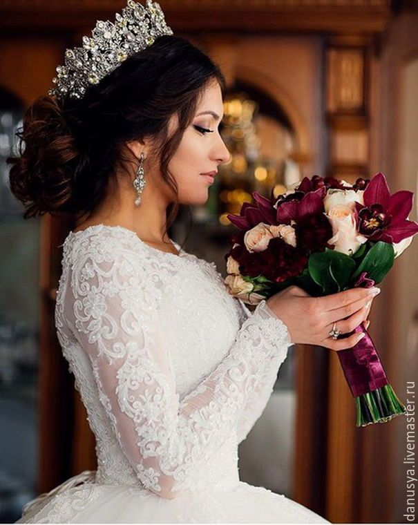 326 best bridal tiaras amp crowns images on pinterest