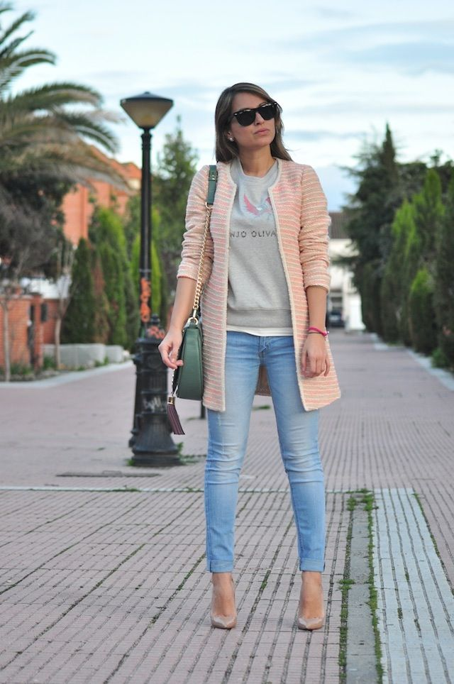 una chaqueta de tweed - Necklace of Pearls