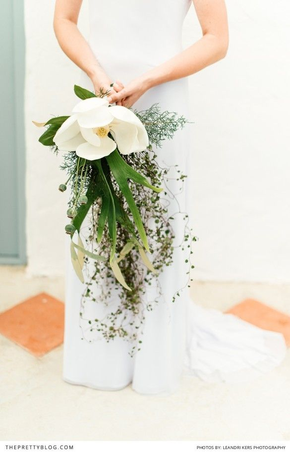 Big, bold and beautiful Magnolia  bouquet! Photography: Leandri Kers