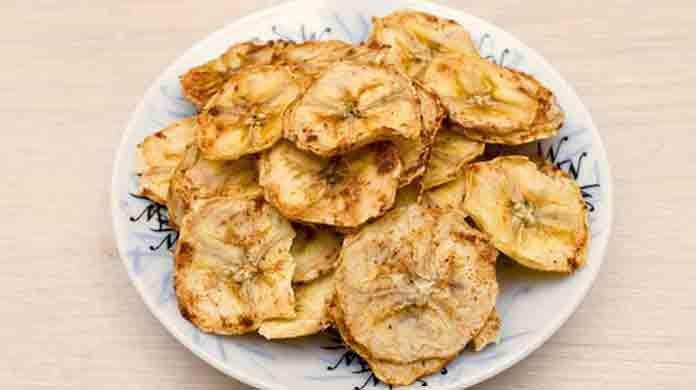 Как делают банановые чипсы | Готовим рецепты