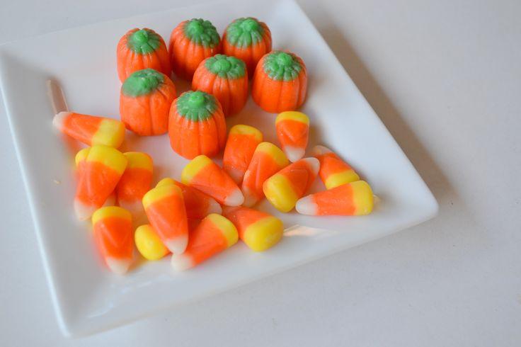Candy Corn - ハロウィンの定番お菓子「キャンディーコーン」