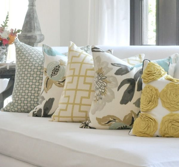 Throw Pillow Arrangement : 17 Best images about Step up your room decor on Pinterest Plank flooring, Family room curtains ...