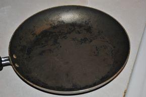 The Burnt Pan Solution Water 1 4th Vinegar Baking Soda