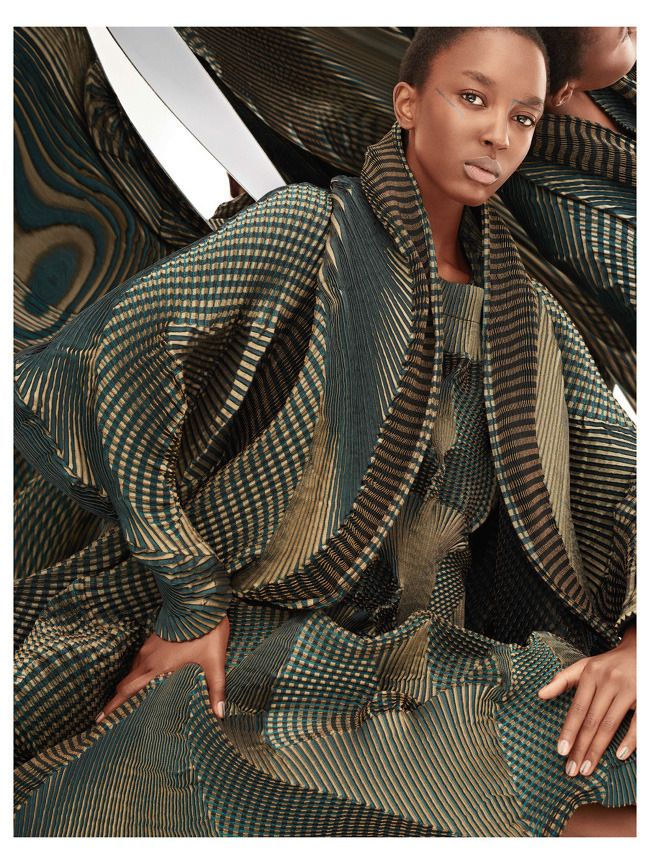 IMAGES. NICOLE ATIENO WEARS ISSEY MIYAKE FOR TUSH. IMAGES BY ARMIN MORBACH.