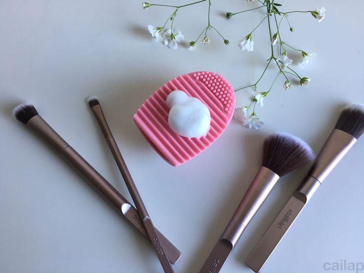 Cailap-blogi: Brush Cleaner – siveltimen puhdistaja #Cailap #makeupbrush #brushcleaner