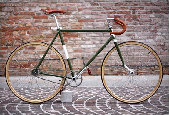 Custom made by Biascagne Cicli – a bike studio in Treviso