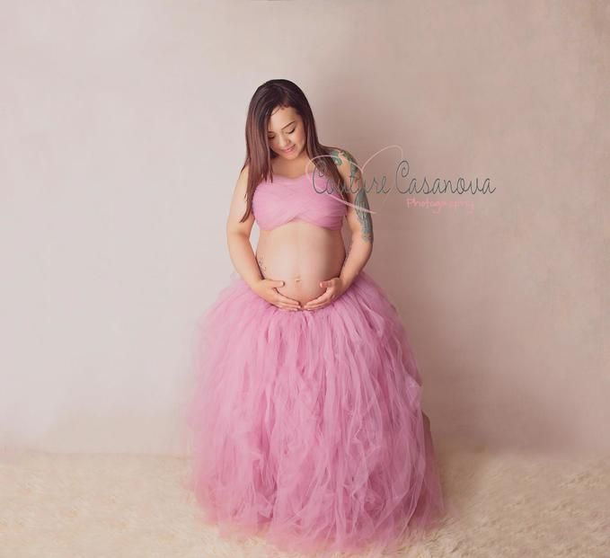 Maternity idea, Maternity session, Pregnant, Pregnancy, pink tulle, pink tutu skirt, tulle skirt, DIY tulle skirt, belly art, belly, baby