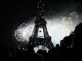 Feu d'artifice du 14 juillet 2012 a la Tour Eiffel ...
