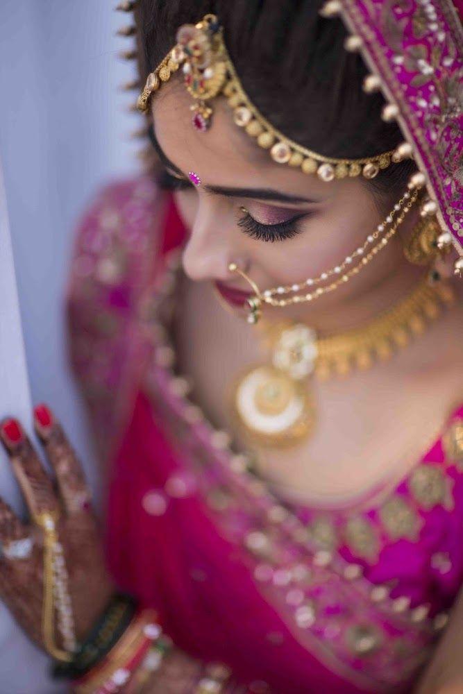 Gental makeup! Photo by taswir studio, Ahmedabad #weddingnet #wedding #india #indian #indianwedding #weddingdresses #mehendi #ceremony #realwedding #lehengacholi #choli #lehengaweddin#weddingsaree #indianweddingoutfits #outfits #backdrops #groom #wear #groomwear #sherwani #groomsmen #bridesmaids #prewedding #photoshoot #photoset #details #sweet #cute #gorgeous #fabulous #jewels #rings #lehnga