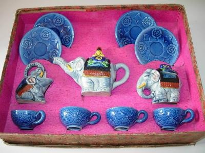 ' Majolica-like' elephant tea set by My Vintage Toy Tea Sets