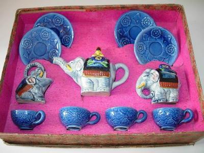 ' Majolica-like' elephant tea set by My Vintage Toy Tea Sets