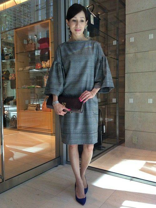 ビッグスリーブが女性らしいワンピース 〜グレンチェックを取り入れたファッション・スタイルのコーデまとめ〜