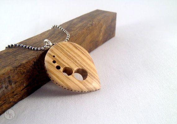 Pendentif géométrique en bois ronds gravés et par AtelierDesSouches