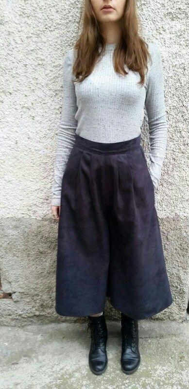 Gaucio ( gonna pantalone con tasche nero antralcite tess alcantara)