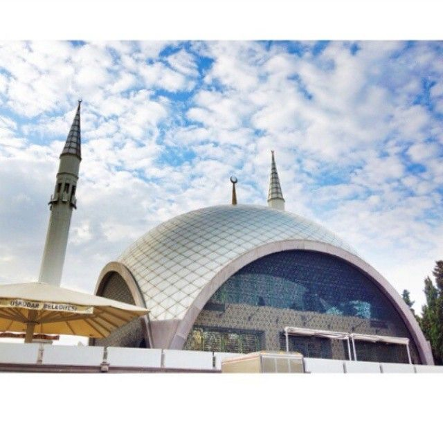 Travelling Tuesdays For Today S Must See Spots Creativitywithkay Picks The Sakirin Mosque The Sakrin Mosque S Architect Was Husrev T Travel Mosque Vacation
