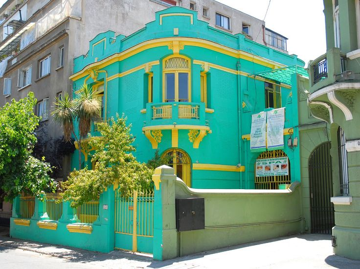 https://flic.kr/p/5Hip4z | Colors | Casa on Calle Vina de Mar, near Parque Bustamante, Providencia, Santiago, Chile.