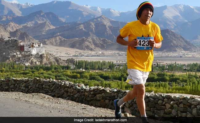 Over 5000 Participants Participated In The Fifth Leh Marathon  >>> The recent marathon in Leh which happened on Thursday was concluded successfully. This is the fifth year of the #Leh marathon as it began four years with just about 1500 participants; saw the participation of nearly 5,000 people.  #LehMarathon